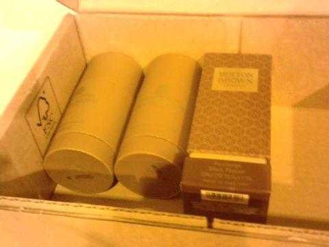 Lot 2869 BOX OF THREE MOLTON BROWN ITEMS