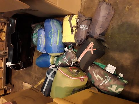 Lot 10532 BOX OF APPROXIMATELY 12 ASSORTED SLEEPING BAGS & 4 PLASTIC SLEDGES
