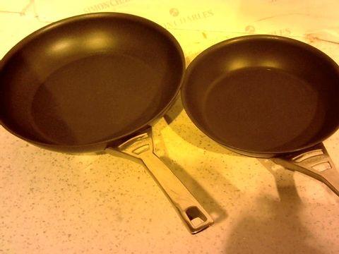 Lot 217 CIRCULON INFINITE HARD ANODISED 24/30 CM FRYING PAN TWIN PACK SET, 2-PIECE - BLACK