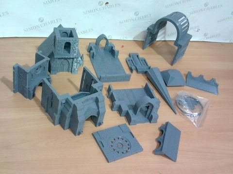 Lot 2228 LOT OF ROLEPLAY / FANTASTY WARGAMES SET PIECES