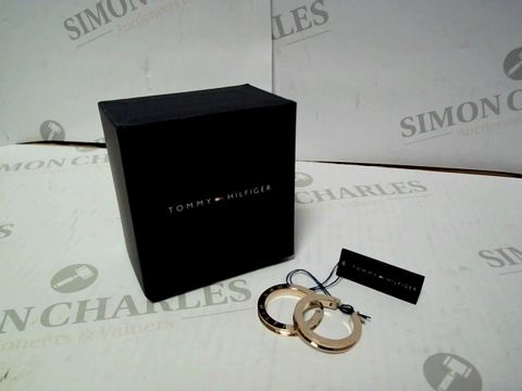 Lot 404 TOMMY HILFIGER ROSE GOLD CRYSTAL SET LADIES HOOP EARRINGS RRP £75.00