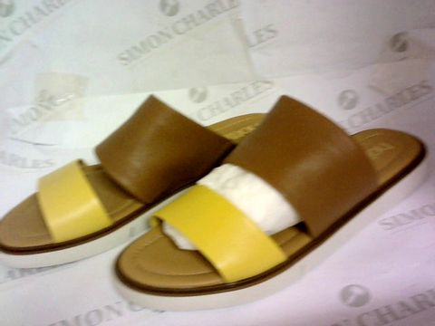 Lot 1021 HOTTER FLAT SLIP ON SANDALS TAN/YELLOW SIZE 7