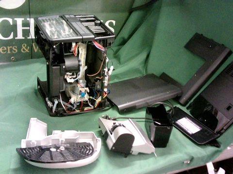 Lot 4098 DE'LONGHI MAGNIFICA AUTOMATIC BEAN TO CUP COFFEE MACHINE( PARTS)