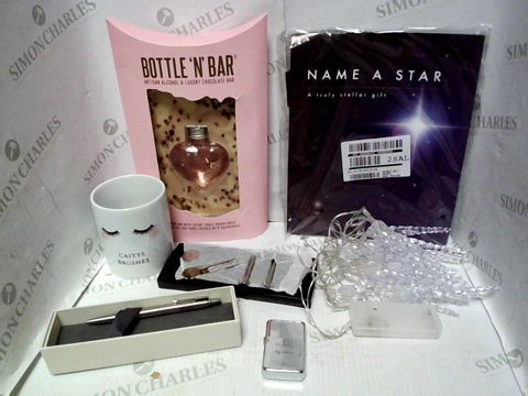 Lot 4349 LOT OF APPROXIMATELY 7 ASSORTED HOUSEHOLD ITEMS, TO INCLUDE PINK GIN BOTTLE 'N' BAR, 20 LED ICICLE STRING LIGHTS, PARKER PEN, ETC RRP £139.00