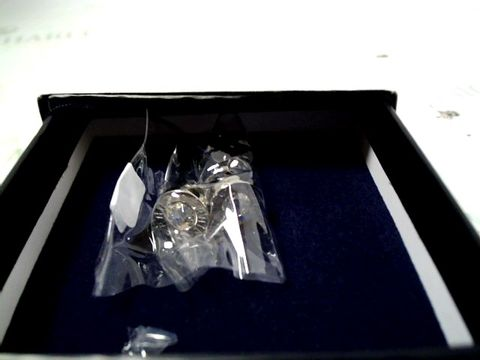 Lot 4020 TOMMY HILFIGER STAINLESS STUD EARRINGS RRP £40.00