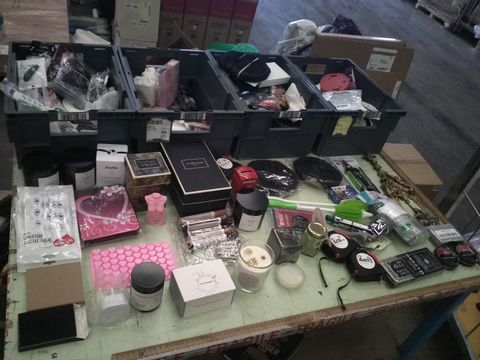Lot 42 FOUR TRAYS OF ASSORTED ITEMS TO INCLUDE: SCENTED CANDLES, SAW CHAIN, TAPE MEASURES ETC