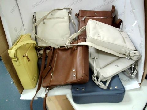 Lot 8369 11 LEATHER SHOULDER BAGS ASSORTED COLOURS