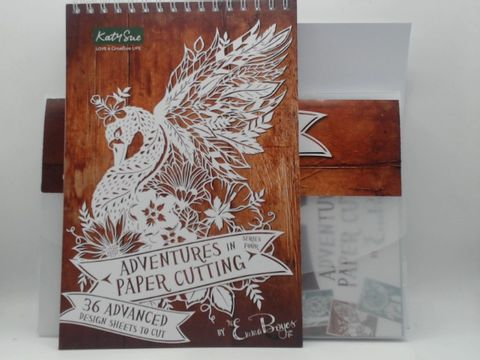 Lot 4005 ADVENTURES IN PAPER CUTTING GIFT PACK