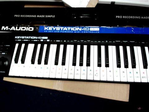 Lot 865 M-AUDIO KEYSTATION KEYBOARD