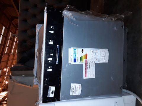 Lot 4026 BOSCH SMV40C30GB INTEGRATED DISHWASHER