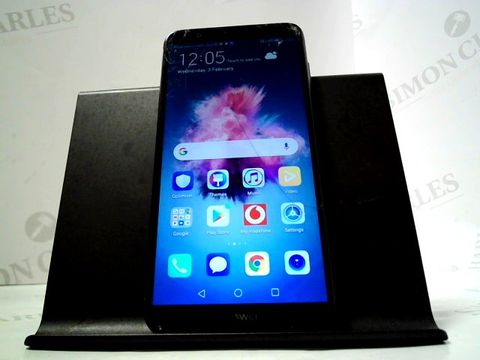 Lot 4833 HUAWEI P SMART 32GB ANDROID SMARTPHONE