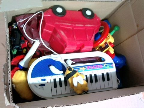 Lot 1043 BOX OF LARGE QUANTITY OF ASSORTED TOYS