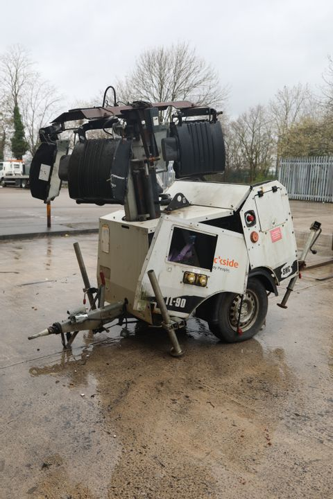 Lot 3 TL 90 MOBILE LIGHTING TOWER WITH DIESEL GENERATOR & EURO IP65 LIGHTS