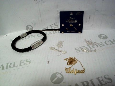 """Lot 4343 LOT OF APPROXIMATELY 5 ASSORTED JEWELLERY ITEMS, TO INCLUDE ACCESSORIZE GOLD PLATED EARRING SET, """"MUMMY"""" NECKLACE, """"ROBERT"""" BRACELET, ETC RRP £138.00"""