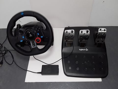 Lot 4074 LOGITECH G29 DRIVING FORCE STEERING WHEEL
