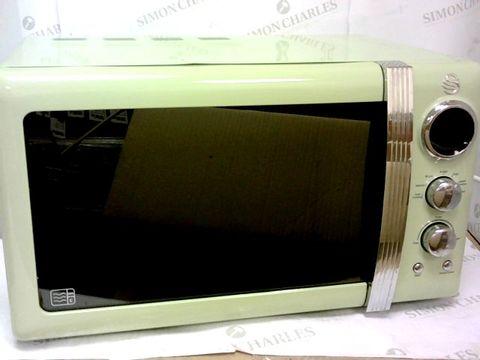 Lot 68 SWAN RETRO 20L MICROWAVE - MINT GREEN