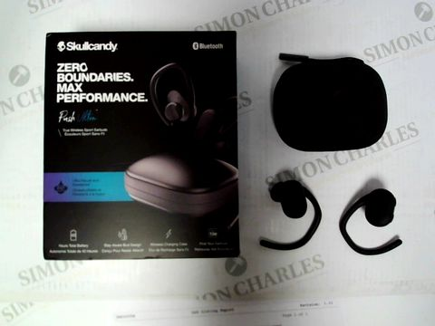 Lot 422 SKULLCANDY PUSH ULTRA WIRELESS SPORT EARPHONES WITH CHARGING CASE RRP £159.99