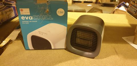 Lot 2092 EVAPOLAR EVACHILL PERSONAL PORTABLE AIR COOLER AND HUMIDIFIER