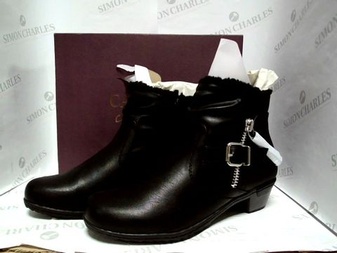 Lot 1028 CARVELA COMFORT BLACK SYNTHETIC ANKLE BOOTS - SIZE 39