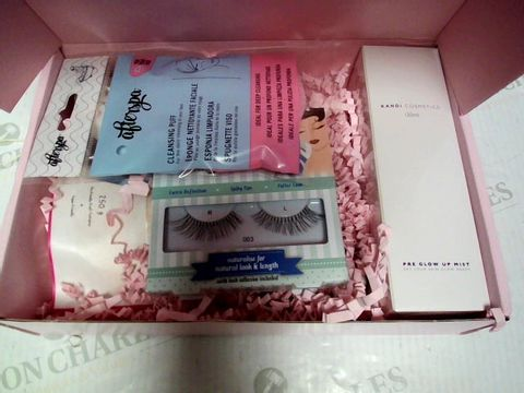 Lot 8069 ROCCABOX COSMETICS BOX
