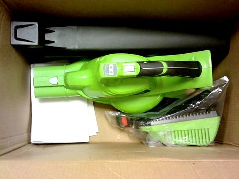 Lot 11348 GREENWORKS CORDLESS VACUUM CLEANER AND LEAF BLOWER 2IN1 GD40BVK2X