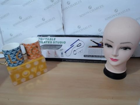 Lot 3023 MEDIUM LOT OF ASSORTED HOUSEHOLD ITEMS TO INCLUDE: MANEQUIN HEAD, OLIVER BONAS SET OF TWO MUGS, PORTABLE PILATES STUDIO