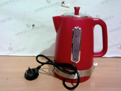 Lot 3339 COOKS ESSENTIAL'S KETTLE - RED