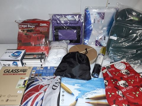 Lot 1256 LARGE QUANTITY OF ASSORTED HOUSEHOLD ITEMS TO INCLUDE GARDEN KEEPER, ARTEZA NOTEBOOKS,FITTED JERSEY SHEETS, ASTROLOGICAL CANDLES AND TRADING CARD COVERS