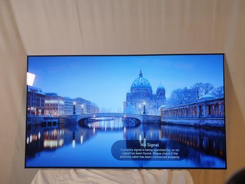 Lot 45 LG 55 INCH OLED55B7V-ES OLED 4K ULTRA HD PREMIUM SMART TV