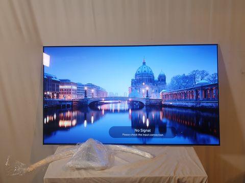 Lot 15 LG 55 INCH OLED55B7V-ES OLED 4K ULTRA HD PREMIUM SMART TV