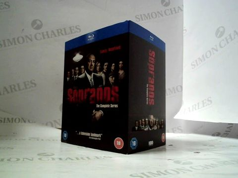 Lot 8210 THE SOPRANOS - THE COMPLETE SERIES, BLU-RAY BOXET