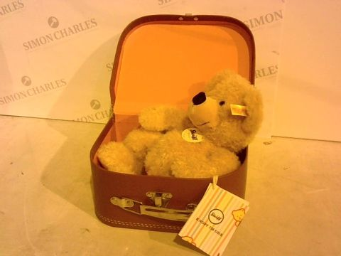Lot 2858 STEIFF FYNN SOFT TOY WITH CASE