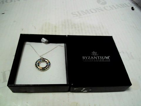 Lot 3070 designer silver tone necklace and pendant