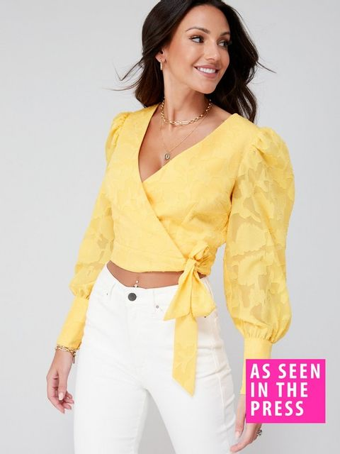 Lot 1884 BRAND NEW MICHELLE KEEGAN BURNOUT RUCHED BLOUSE - YELLOW SIZE 10