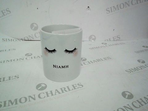 Lot 35 2 PERSONALISED EYELASHES CERAMIC STORAGE POTS
