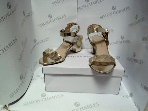 Lot 13083 BOXED PAIR OF DESIGNER DOROTHY PERKINS HEELS - UK SIZE 6