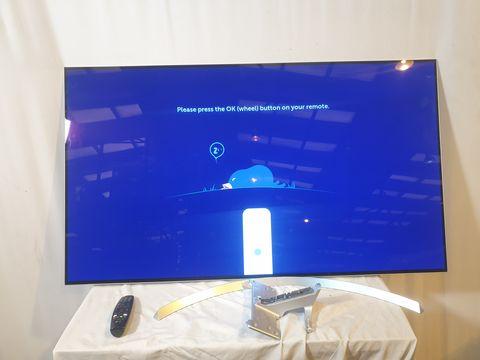Lot 18 LG 55 INCH OLED55B7V-ES OLED 4K ULTRA HD PREMIUM SMART TV