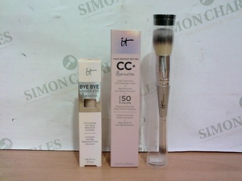 Lot 3231 IT COSMETICS 3 PIECE SUPERSTAR GLOW COLLECTION