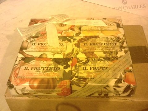 Lot 2206 SET OF 6 IL FRUITTETO SOAPS