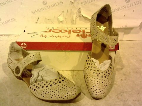 Lot 15915 BOXED PAIR OF RIEKER VELCRO HEEL SHOES SIZE 38