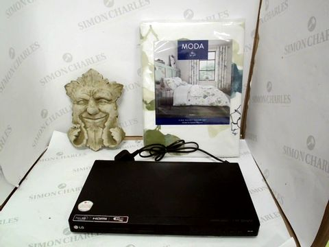 Lot 12946 LOT OF 3 ASSORTED HOUSEHOLD ITEMS TO INCLUDE MODA DUVET COVER SET, LG DVD PLAYER AND DESIGNER STONE EFFECT FACE DETAIL GARDEN WALL ART
