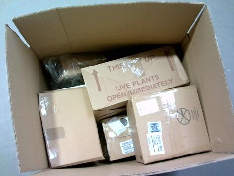 Lot 1312 LOT OF 8 ASSORTED BOXED CHRISTMAS DECOR ITEMS TO INCLUDE - NUTCRACKERS, LED CANDLES, BAUBLES RRP £178.92