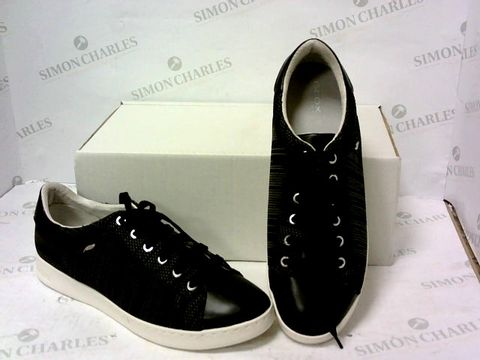 Lot 8029 BOXED PAIR OF GEOX BLACK TRAINERS SIZE 7.5