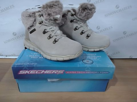 Lot 3066 BOXED PAIR OF SKECHERS WITH WARM TECH MEMORY FOAM - SIZE 3A