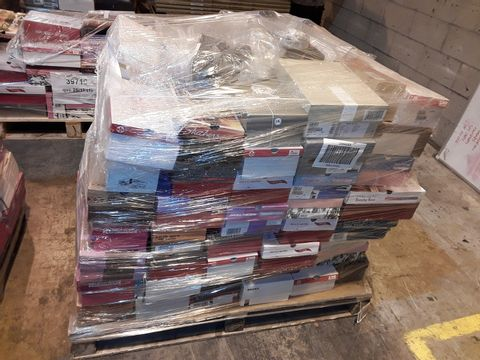 Lot 4019 PALLET OF APPROXIMATELY 111 PAIRS OF ASSORTED SHOES TO INCLUDE: