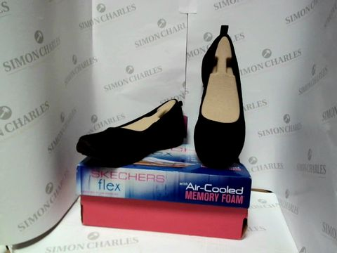 Lot 13097 BOXED PAIR OF DESIGNER SKECHERS - UK SIZE 5