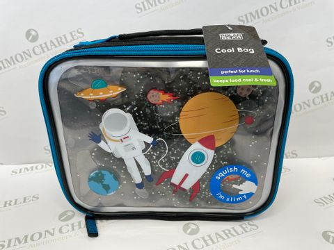 Lot 1250 3 BRAND NEW POLAR GEAR SPACE COOL LUNCH BOXES (1 BOX)