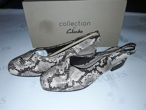 Lot 8060 BOXED PAIR OF CLARK'S JULIET PULL SHOES IN TAUPE SNAKE - UK 6