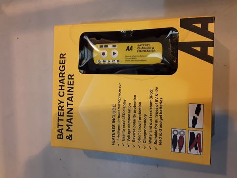 Lot 77 AA BAGTERY CHARGER & CONDITIONER