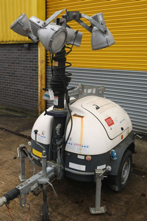 Lot 1 ECOLITE PORTABLE SITE LIGHTING TOWER WITH DIESEL GENERATOR & POLARIS 150E LIGHTS